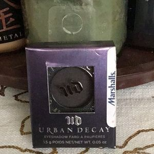 "NWT Urban Decay Eyeshadow ""Serious"""